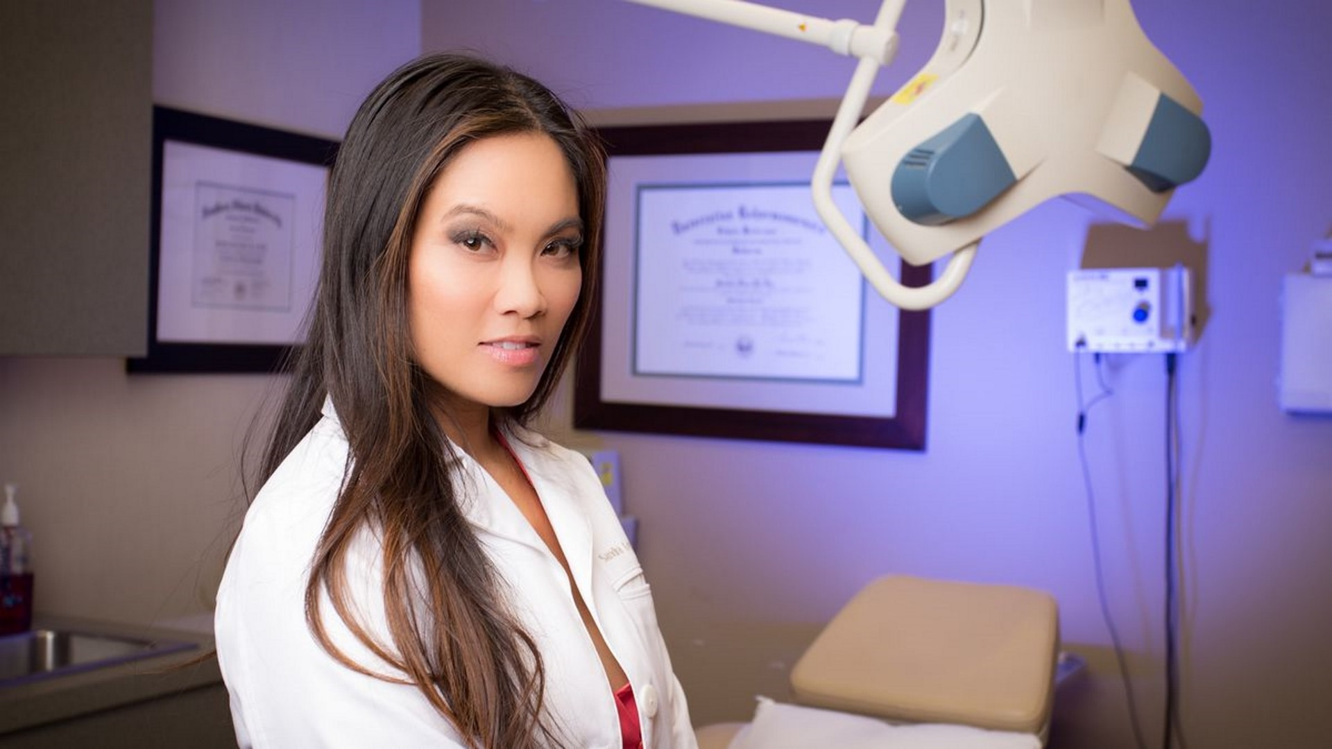 Dr Pimple Popper Season 4 Watch Online Movies For Free